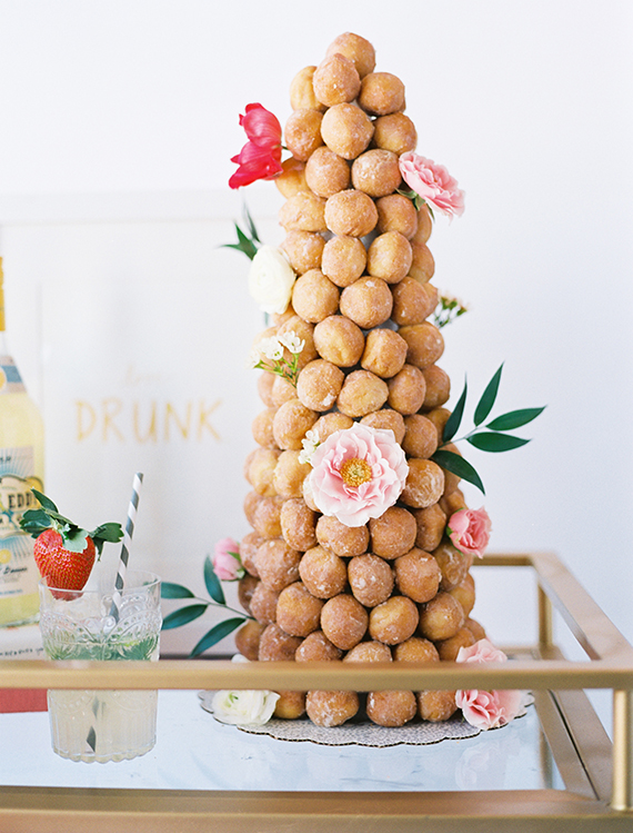 Modern-and-whimsical-party-ideas-9